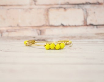 The Caroline - Yellow Czech Crystal Stacker -  Wire Wrapped Gold Bangle