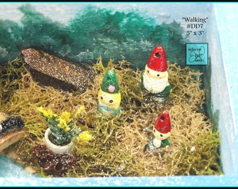 "Gnome Family Miniature Diorama Box, #DD7 ""Walking"""