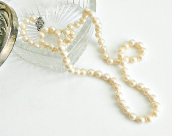 """Vintage Jewelry, Vintage Faux Pearl Necklace, 12"""" Long, Creamy White, Hand Knotted Pearls."""