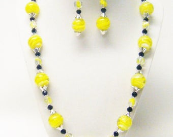 Large Round Yellow Swirl Lamp Work Glass Bead Necklace/Earrings