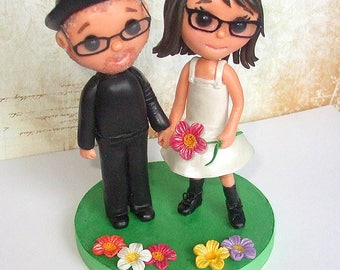 Wedding cake topper - Cute simple couple