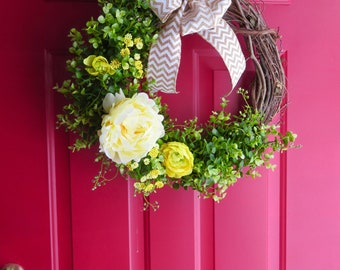 Spring Wreath, Spring Wreath for Front Door, Spring Wreaths, Boxwood Wreath, Greenery Wreath, Tulip Wreath, Burlap Wreath, Mother's Day Gift
