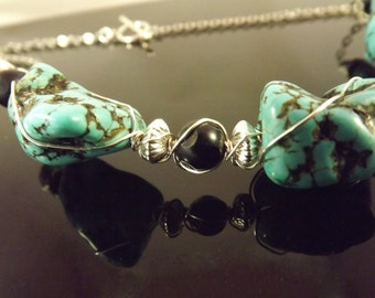Wirewrapped Turquoise Nugget necklace: Turquoise Sky