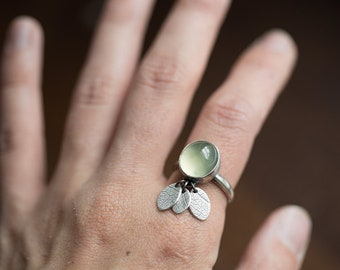 Susurrus Ring. size 7.5 ( green prehnite gemstone ring. antique sterling silver. oxidized leaf print. green nature jewelry )