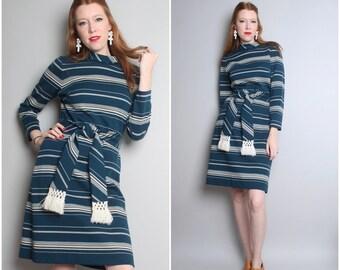 1970's Blue Striped Shift Dress/ Bleeker Street / 70's Long Sleeve Knit Dress / Medium