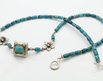 """Vintage Navajo 16"""" Turquoise Bead and Sterling Silver Flower Necklace. [11559]"""