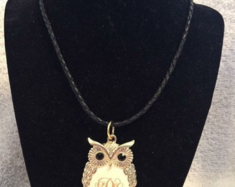 Engraved owl necklace