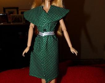 Green & white polka dot wrap dress for Fashion Dolls - ed1083