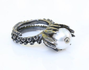 Octopus Tentacle Ring  Octopus Jewelry tentacle adjustable Ring  white pearl and brown diamond by zulasurfing
