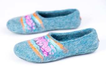 Turquoise slippers Women gift House shoes Handmade slippers Felted wool slippers Home shoes Gift for her