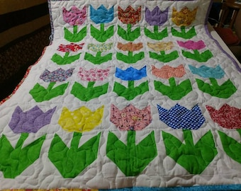 Handmade Pieced Girl Scrappy Garden Of Tulips Baby Crib Lap Quilt Blanket Made in Arkansas Ozarks