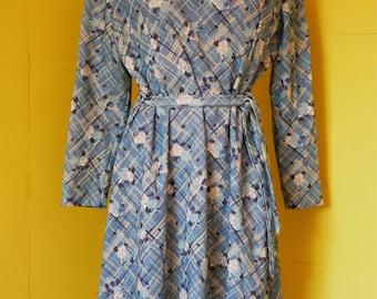 Seventies Dress, Long Sleeve Dress, Autumnal Dress, Green Dress, Floral Dress, Flower Dress, Vintage Day Dress, Retro Dress