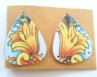 Upcycled Decorative Jewelry Tin Earring Findings Pair