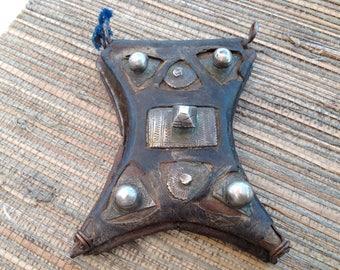 Antique Tuareg Tcherot Leather Amulet, Mauritania - Rita Okrent Collection (P642d)