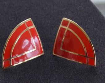 Red Enamel Geometric Pierced Earrings, Gold tone, Vintage (P6)