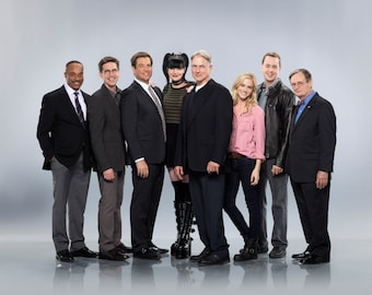 NCIS Cast 8 x 10 / 8x10 GLOSSY Photo Picture