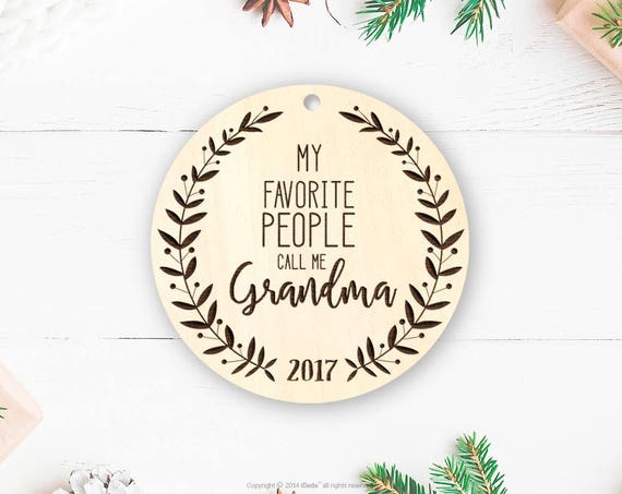 Rustic wood Grandma Ornament, Grandma Est Gift, Baby Reveal to Grandma, Pregnancy Announcement to Grandma, Grandma to be Ornament Grandma 30