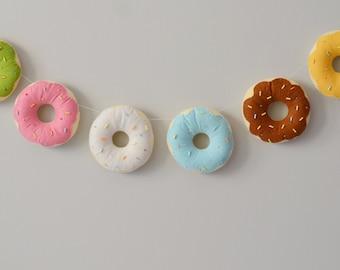Felt donut banner / doughnut / playkitchen / decor / handmade felt garland / sparkles birthday / nursery / party decor / candy