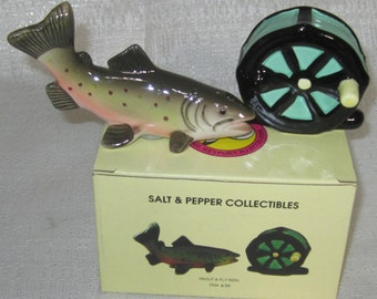 Trout and Fly Reel Fishing Salt  n Pepper Shaker  ~ Item 386
