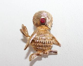 Vintage Gold Tone Baby Bird Brooch/Pin With Red Rhinestone Eye