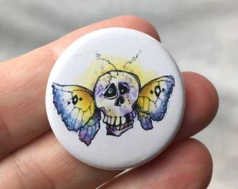 Button.....skullerfly