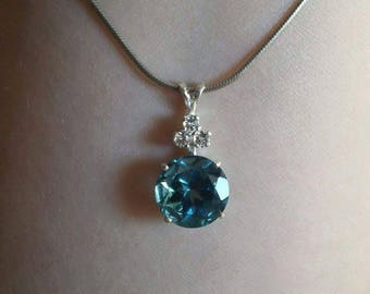 7ct London Blue Topaz with White Topaz Accents in Sterling Silver