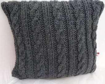 "Hand Knitted pillow/pillow Case ""Aspen II-Anthracite braid pattern"" with filling"