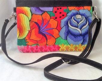 ETHNIC SHOULDER CLUTCH embroidery made in peru