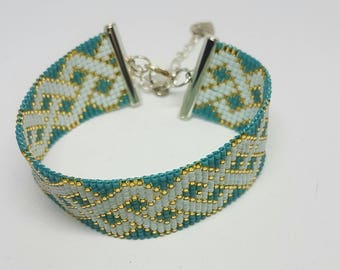 Beaded bracelet, woven bracelet, seed beads bracelet, women's bracelet.