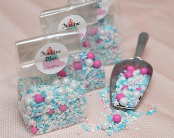 """Candy mix: """"pink or blue or both"""""""