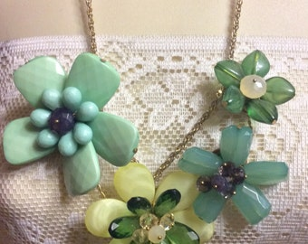 Vintage 1980's flower clusters acrylic beaded statement necklace