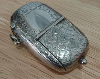 Vintage Vesta case and Sovereign holder