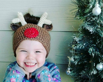 Reindeer Messy Bun Hat 3 sizes included  pdf  crochet pattern. Not a finished item!