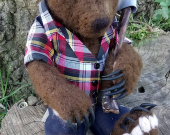 Needle felted bear  - Abraham the grizzly