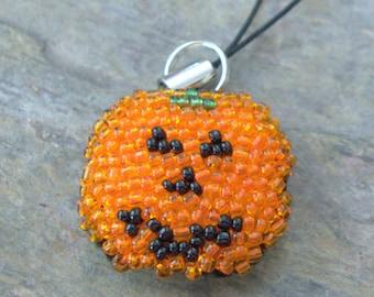 Last Chance: Pumpkin Phone Charm, Beaded Gadget Accessory, Jack-o-Lantern Party Favour, Purse Bag Keychain, Fall Birthday Gift for Girl Boy