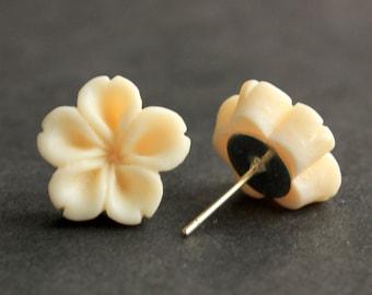 Ivory Flower Earrings. Ivory Earrings. Silver Post Earrings. Innie Flower Button Jewelry. Stud Earrings. Handmade Jewelry