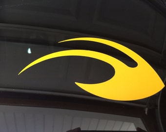 "University of Michigan Wolverines Winged Helmet Maize 6"" Car Vinyl Die-cut Decal"