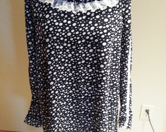 Ladies Long Black and white dots print shirt or dress 12-14