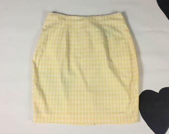 90s Yellow Gingham Plaid High Waist Pencil Skirt / Pastel / Pale / The Nanny / Preppy / y2k / Club Kid / Size 9/10 / Kitschy / Grunge /