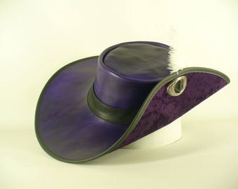 Purple leather Musketeers' hat 17th century style Alexandre Dumas d'Artagnan