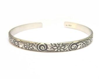 """Ethnic """"Sabara"""", Sterling Silver Bangle Bracelet"""