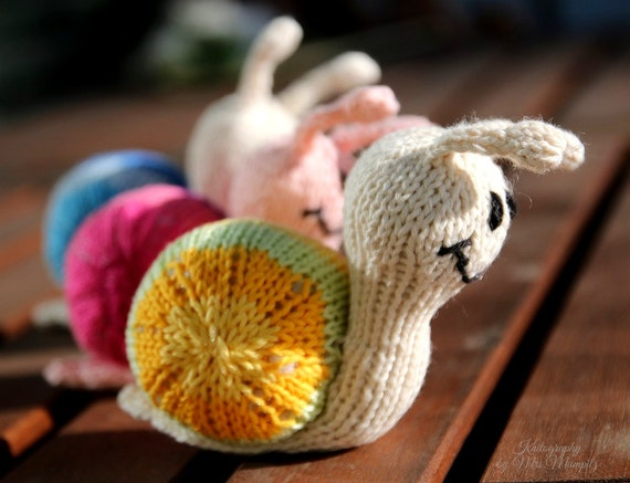 Snail knitting pattern for beginners and advanced knitters spring snail knitting pattern for beginners and advanced knitters spring gift and decoration easter gift for kids and adults from mumpitzdesign on etsy studio negle Gallery