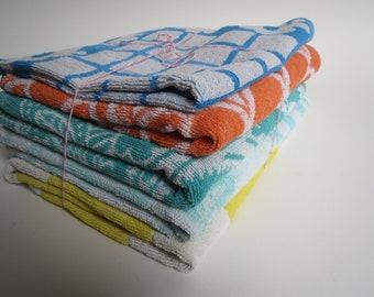 Vintage towel set, dutch towels, 1960s towel set, retro towls, vintage kitchen towels