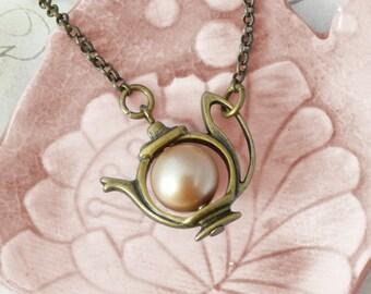 Teatime - Vintage Necklace