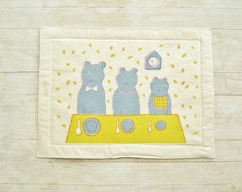 Coaster place mat tablecloth table setting kids baby bears soft spoon plate gray yellow pink white hand printed kids baby shower kawaii gift