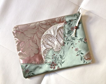 021 flat pouch, zippered, leaf, storage, make-up pouch, satin
