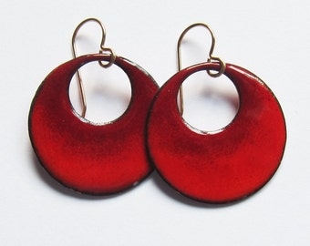 Red hoop dangle earrings Lightweight enamel circle drops Colorful enameled jewelry Gold or niobium wires Everyday red earrings