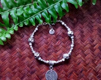 Gypsy coin bracelet - Silvertone beaded bracelet with coin charm