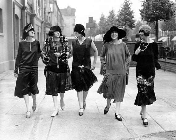 Vintage Image 1920s Five Elegant Paris Women Walking 8 X 10