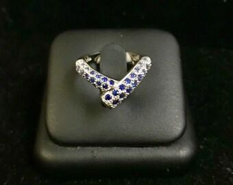 Gorgeous 18k White Gold Cabochon Blue Sapphire Ring 0.50 CT Sz 7 Elegant Fine Jewelry